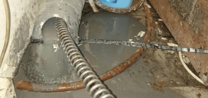 Wasmachine Afvoer Stroomt Over Elmers Ontstoppingsdienst
